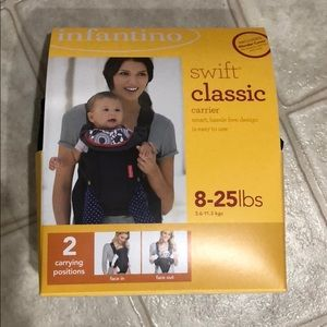 Infant Uno Swift Classic carrier